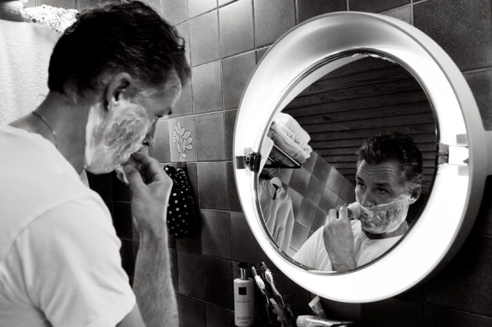 morning shave in the mirror